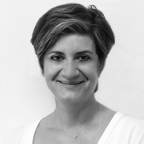 Valeria Tsamis1