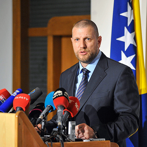 Ismir-Jusko-ministar-Juli16-AK